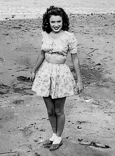 02-Norma Jeane