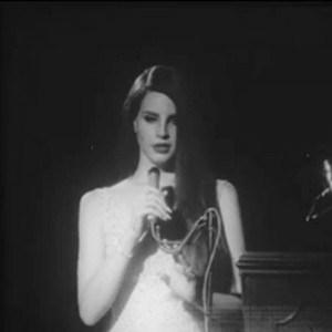 26-Lana Del Rey-1