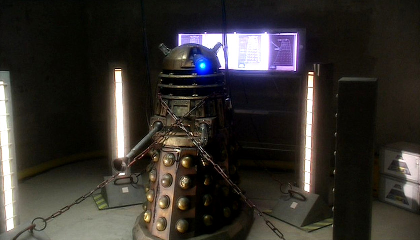 Doctor Who (2005) - 1x06-Dalek - Dalek