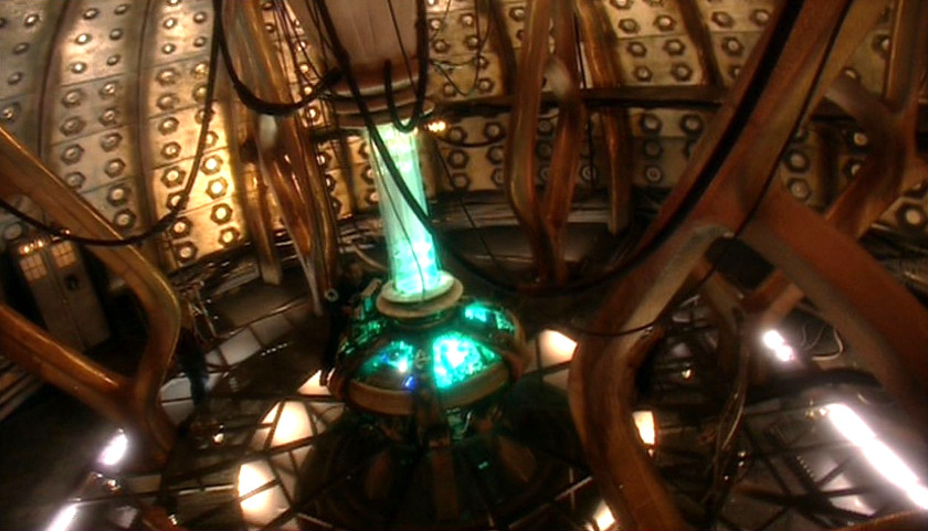 TARDIS Console Room - 1x01-Rose